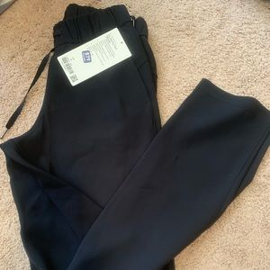 On the fly pant woven size 4 black